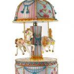 Carousel musical chevaux